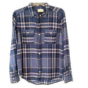 Flannel long sleeved blue plaid Medium